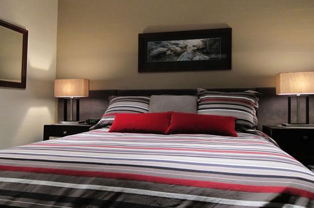 SQ-16-Bedroom-March-2011-IMG_1912_DxO