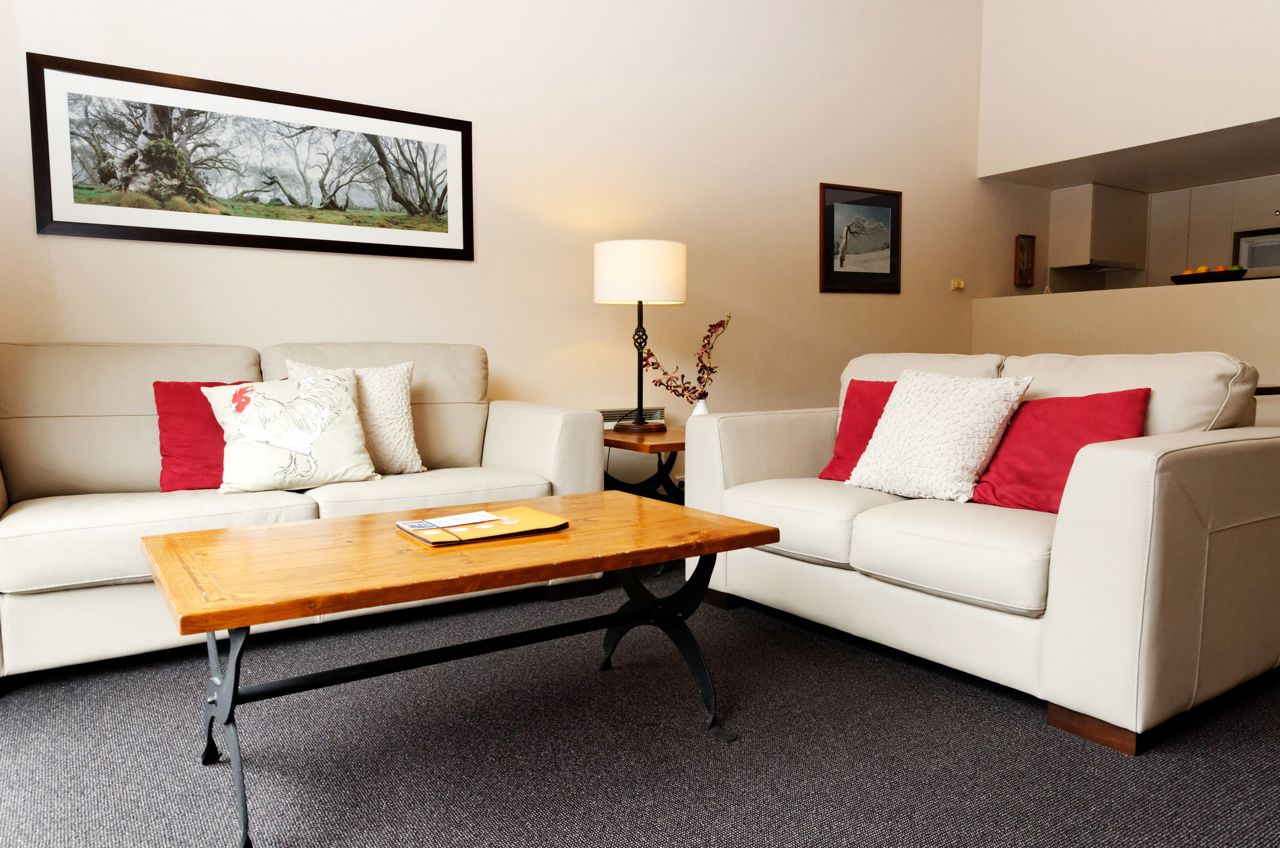 squatters_1bedroomloft-Lounge-web