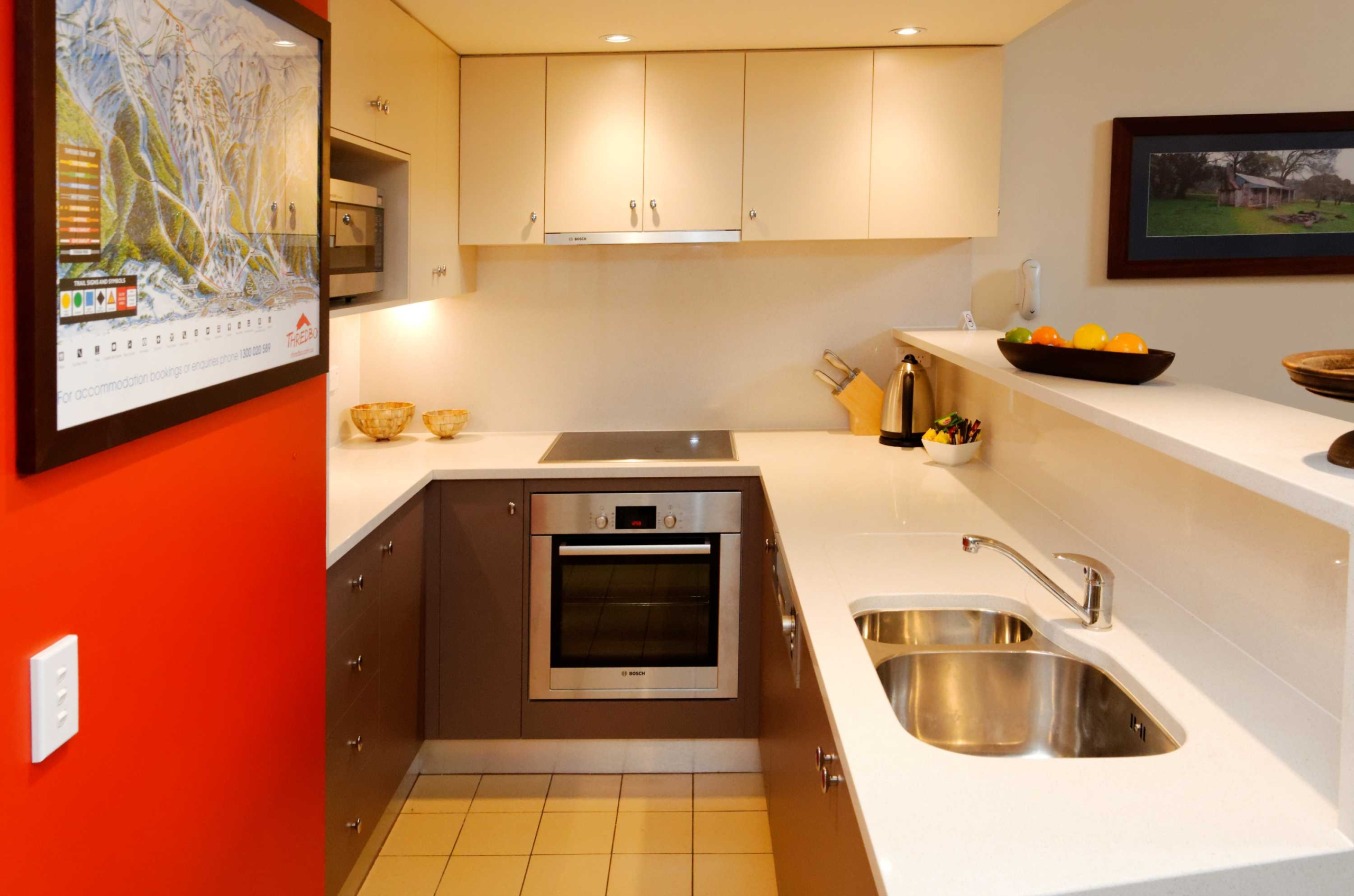 F10-Squatters-Run-Thredbo-Luxury-Apartments-1-Bed-Loft-Deluxe-Room-345-persons-see-squatters.com_.au-1-1-scaled